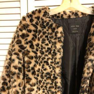 Love Tree faux fur leopard coat